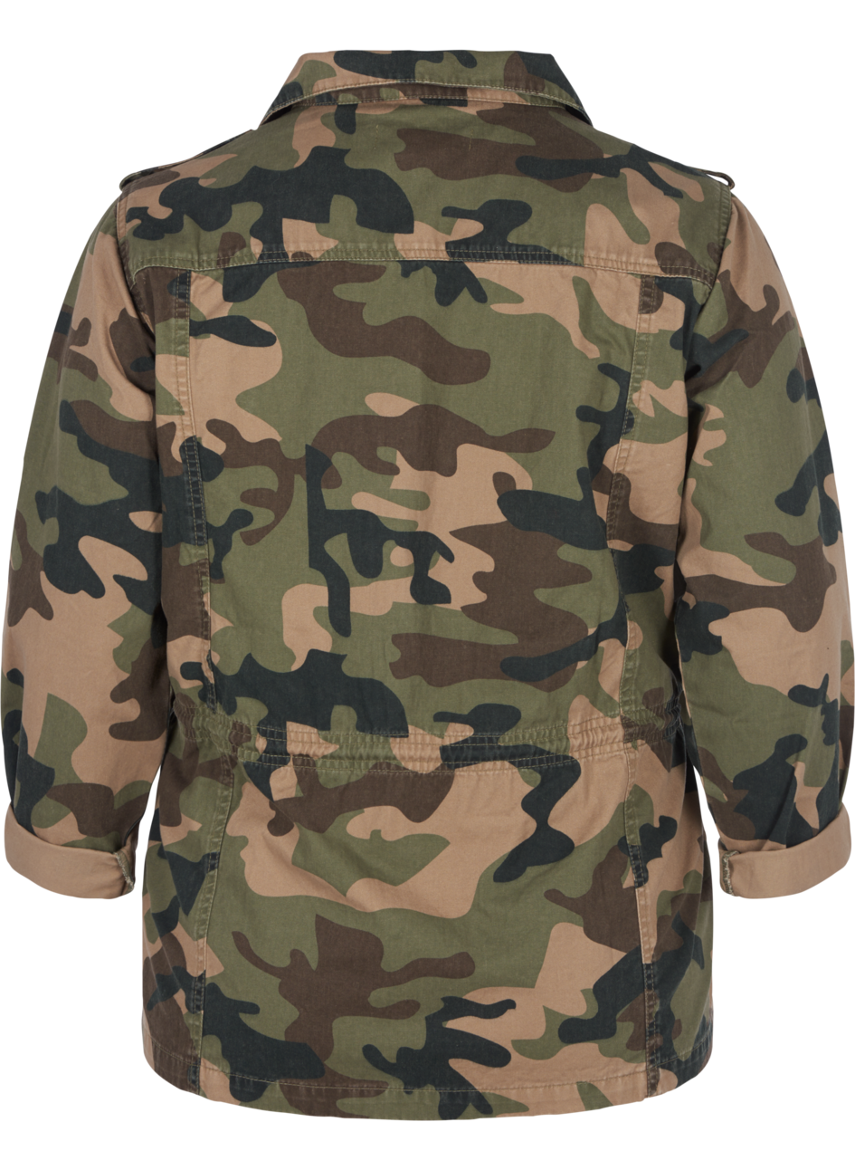 Jacke mit Camouflage Muster